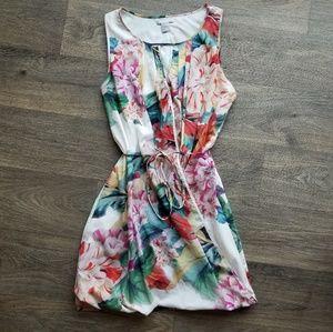 H&M | Floral Keyhole Dress